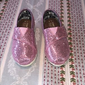 New Never Worn Toddler Pink Sparkle Toms
